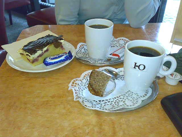 Kaffee mit Schwarzbrot