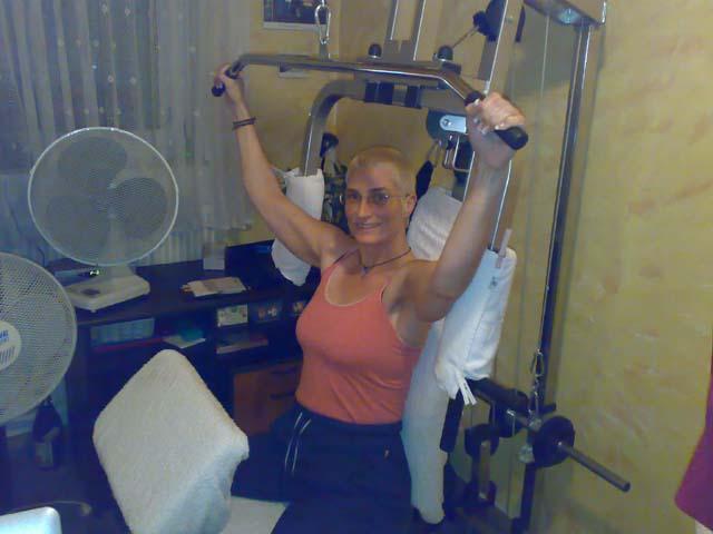 Anja auf der Folterbank